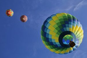 Hot-Air-Balloons-ShowMeMoney Advertisement